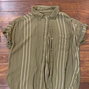 American Eagle Stripped Buttonup